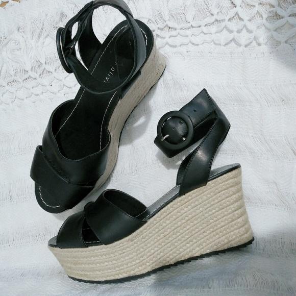 e86035a57fa Alice +olivia espadrilles wedges in black